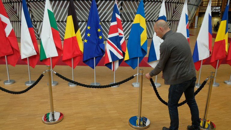 ЕС удължи още ограничителните мерки срещу Русия