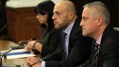 Теменужка Петкова (в дъното)ще работи и за либерализиране на енергийния пазар у нас