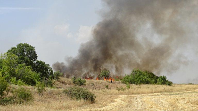Ситуацията на много места в България остава бедствена