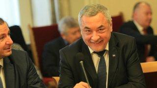 Новата формация бе обявена само няколко дни след раздялата на ВМРО и НФСБ