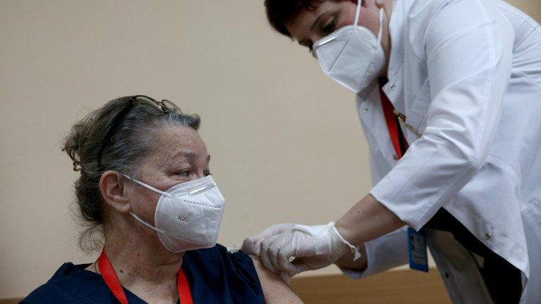 До юни сертификатите за ваксинация трябва да заработят на практика