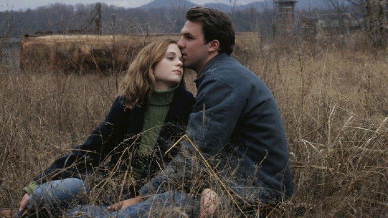 All the Real Girls (2003)  В този филм може да видите Зоуи Дешанел, Пол Шнайудер, Дани Макбрайд, Патриша Кларксън.