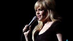 """Носителката на """"Грами"""" разказа подробно за престъплението, което я накара да изчезне от сцената"""