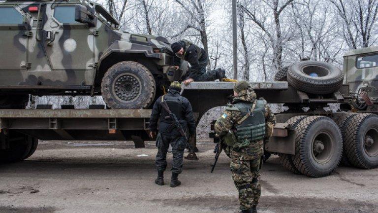 Украинският парламент прие спорния закон за реинтеграцията, което доведе до бърза реакция от страна на Москва.