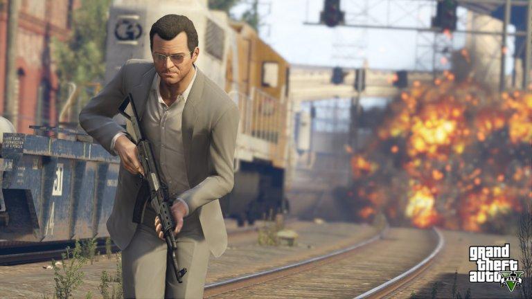 Grand Theft Auto V  Rockstar е една от компаниите които не бързат със своите игри. Феновете обаче знаят, че когато излезе ново заглавие, то им гарантира стотици часове забавление и дългосрочна поддръжка. GTA V обаче надмина всички очаквания. Криминалната сага излезе още през 2013 г., но и до ден днешен редовно ще я откриете в класациите за най-продавани и играни заглавия. От една страна, GTA V се превърна в истински виртуален свят, в който милиони геймъри буквално могат да живеят ежедневно и правят почти всичко, което им хрумне - от дръзки банкови обири до изпълнени с адреналин състезания с коли. От друга страна, компанията успешно консолидира този уж хаотичен геймплей под формата на онлайн режима GTA Online. Rockstar го обновява редовно с ново съдържание, давайки на играчите непрекъснато нещо различно, заради което да останат. Компанията печели и луди пари от свързаните с това микротранзакции. Единствените губещи - ако има такива - са онези, които предпочитат сингълплейър съдържание.