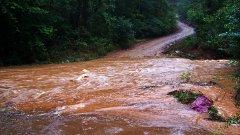Скъсана дига на Марица наводни село край Димитровград