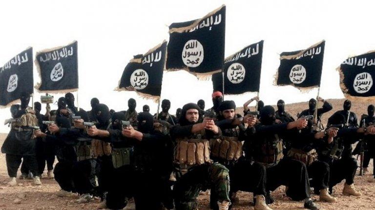 Безмилостният и жесток нов водач на терористичната група има пред себе си задачата да се докаже като наследник на Багдади