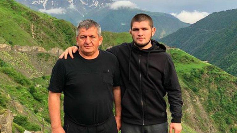 Бащата на боеца почина в началото на юли.