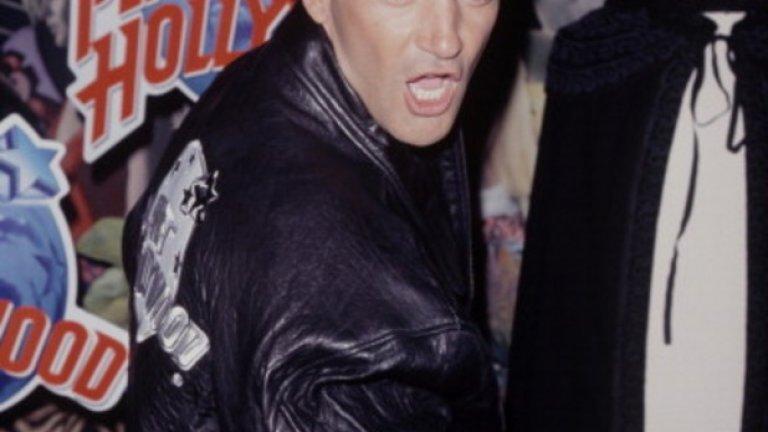 Минало незабравимо - Бандерас се премества през 1992-ра година в САЩ, за да се снима и в Холивуд, след успешна кариера в Испания