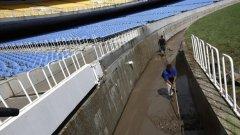 """Стадион """"Маракана"""" се оказа под вода след пороите в Рио де Жанейро"""