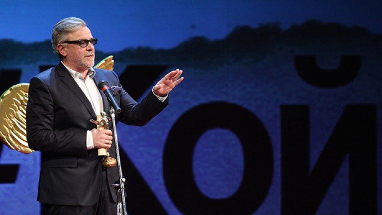 """Владимир Пенев взе приза за най-добра мъжка роля за """"Скъперникът"""" по Молиер в Малък градски театър """"Зад канала"""""""