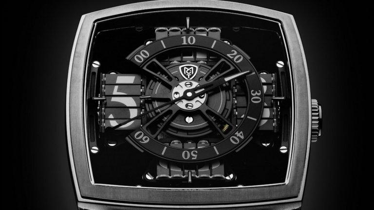 Материалът е използван и в лимитирана серия часовници с цена 95 000 долара. Използван като фон, Vantablack прави така, че частите на часовника сякаш се носят в празно пространство.