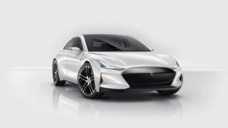 Купето и интериорът на Youxia са директно взети от Model S с леки стилистични заемки от Lexus, Audi и Maserati.