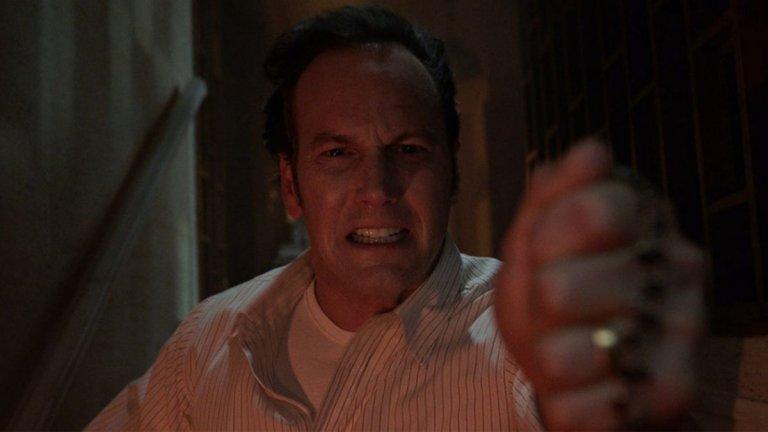 """""""Заклинанието: Демоничният убиец"""" Къде: в кината Кога: от 4 юни  Хорър поредицата се сдобива с поредно продължение. Изследователите на паранормалното Ед и Лорейн Уорън (Патрик Уилсън и Вера Фармига) въпреки целия си опит са шокирани от историята, която им се налага да разследват този път. Битката им за душата на младо момче ще стигне до неочаквано мрачни дълбини и до първия път, в който заподозрян за убийство ще заяви пред американски съд, че демонични сили са го контролирали...   Ако сте фенове на """"Заклинанието"""", знаете какво да очаквате - малко тръпки от ужас в топлите летни дни."""