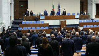 Декларации, хвалби и нападки - последният ден на парламента като еманация на един цял мандат