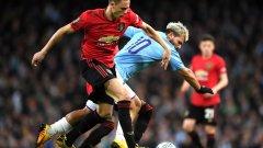 Матич вкара единствения гол, но в последния четвърт час остави Юнайтед с 10 души