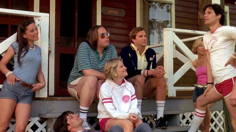 Горещо американско лято  (2001)  В този филм се появяват слабоизвестните Брадли Купър, Пол Ръд, Елизабет Банкс, Ейми Полър, Кен Марино и Кристофър Мелъни.
