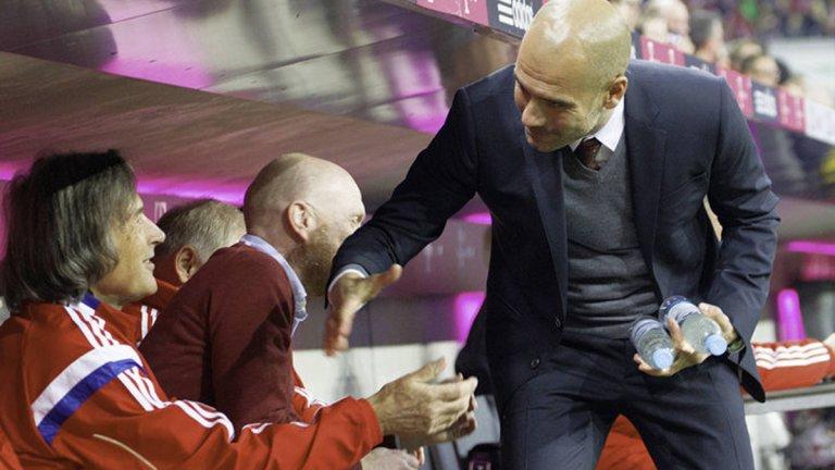 Гений или шарлатанин: Той излекува Павароти, Боно, Болт, Кличко и Роналдо с телешка кръв и гребени от петли