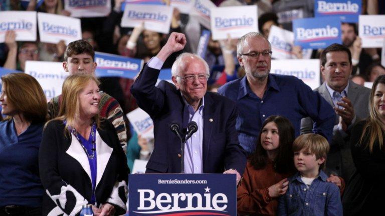 Сенаторът от Върмонт Бърни Сандърс пък печели вота в този щат, както и в Калифорния, Колорадо и Юта.