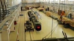 Опити за усъвършенстване на правопоточен въздушно-реактивен двигател с ядрен реактор се водят още от 50-те години в САЩ и СССР. И двете страни спират работата по тези проекти заради слабостите на дизайна. Главната причина се състои в това, че за да може реакторът да се постави на ракетата с намален размер и тежест, от него ще трябва да се свали цялата радиационна защита. Това означава, че ракетата ще разпространява радиоактивна зараза сред огромни пространства, над които евентуално би прелетяла.