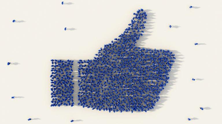 """Социалната мрежа най-накрая въведе """"нощен режим"""" в десктоп версията си"""