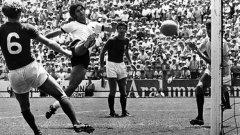 Герд Мюлер става 7-кратен голмайстор на Бундеслигата и бележи 365 гола в 427 мача в първенството. Вкарва и 68 гола в 62 мача за Германия.
