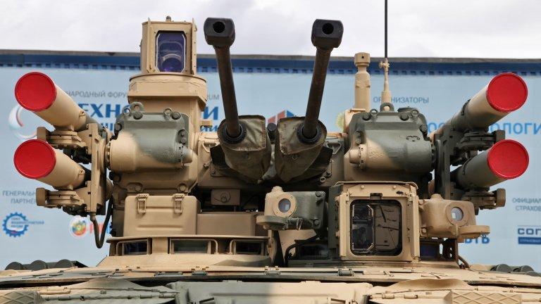 """След години на пренебрегване бронираната машина БМПТ - """"Терминатор"""" е изпратена за тестове, но има ли тя реално приложение в днешното военно дело"""