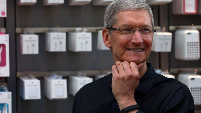 """""""Нека бъда ясен: Горд съм, че съм гей, и смятам това, че съм гей, за един от най-големите подаръци от Бог"""", казва изпълнителният дирестор на Apple Тим Кук"""