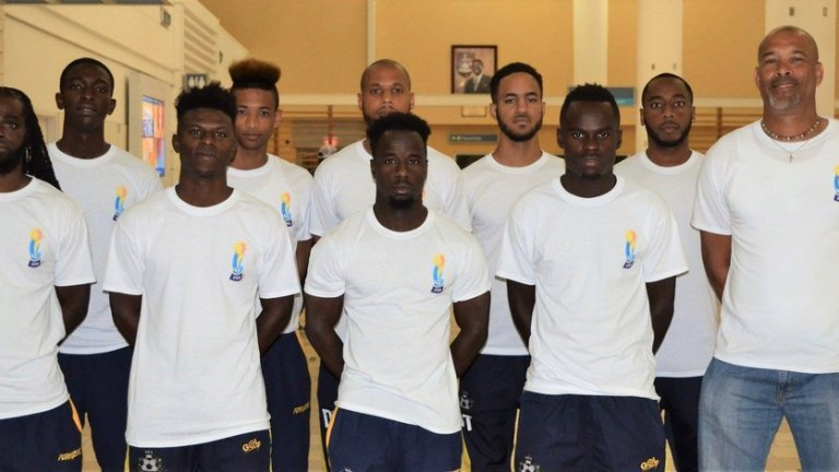 Бахами - рекордно класиране №146 The Baha Boyz са доста по-силни на плажен футбол, отколкото на стандартен. Последният официален мач е отпреди две години. Общ резултат 0:8 срещу Бермудски острови в световна квалификация.
