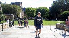 На практика, всеки четвърти студент от Йейл ще премине през този курс доброволно, а в оптимистичния вариант това може да доведе до установяването на някои добри навици в общността - например, подобряване на общуването между връстниците, по-малко отлагане на трупащите се задачи, разширяване на социалните връзки, промяна на цялата култура в университета.