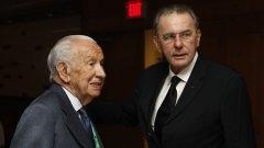 Жак Рох (вдясно) изрази мъката си от кончината на предшественика си Хуан Антонио Самаранч