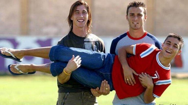 Имало едно време в Севиля: Серхио Рамос, Антонио Пуерта и Хесус Навас. Пуерта почина на само 22-годишна възраст през 2007-а, след като припадна на терена по време на мач между Севиля и Хетафе от първия кръг на сезон 2007/08 от Ла Лига.