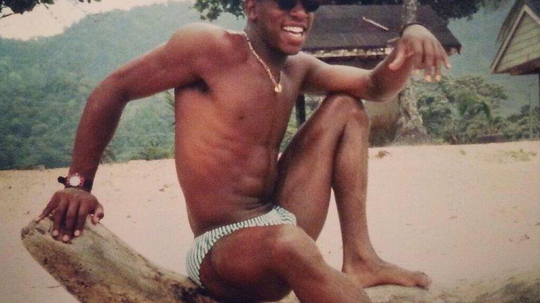 """""""На 14 се изнесох у един приятел бандит. На терена ме обиждаха с """"африканска к**ва, а аз ги развинтвах"""""""