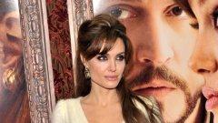 """Анджелина: """"Не знам нищо за режисурата. Но си дадох сметка, че ми хареса много повече от актьорството..."""""""