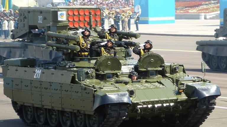 Машината е проектирана, за да пази руските танкове от наземни заплахи и противотанкови екипи, но струва ли си наистина производството ѝ. Допреди 10 години Кремъл смяташе, че не, но сега нещата очевидно са се обърнали.