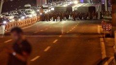 Опит за военен преврат е извършен в Турция. Според армията превратът е успешен, според премиера Бинали Йълдъръм е само опит. Премиерът Ердоган се закани, че превратът няма да успее, но самият той не е в столицата.