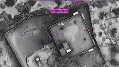 """На кадрите се виждат въздушните удари, взривили къщата, в която се е криел лидерът на """"Ислямска държава"""""""