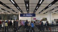 Милионите имигранти с паспорти от ЕС живеят от години във Великобритания, а бъдещият им статут беше поставен под въпрос заради Brexit