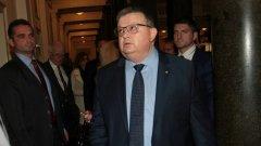 Сред разследваните попадат шефът на НСО и бившия генерален директор на БНР