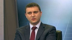 Владислав Горанов отрече близост с Пеевски