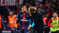 Треньорът на ПСЖ Томас Тухел поздравява Мбапе за невероятния мач, който направи