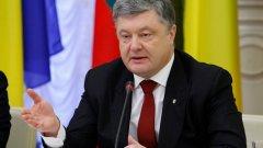 Порошенко съобщи за дислокация на украински десантно-щурмови войски във важни за отбраната локации