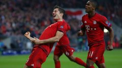 След петте срещу Волфсбург и двата срещу Майнц, Левандовски отбеляза нови три и закръгли сметката си на 10 гола в рамките на само седмица