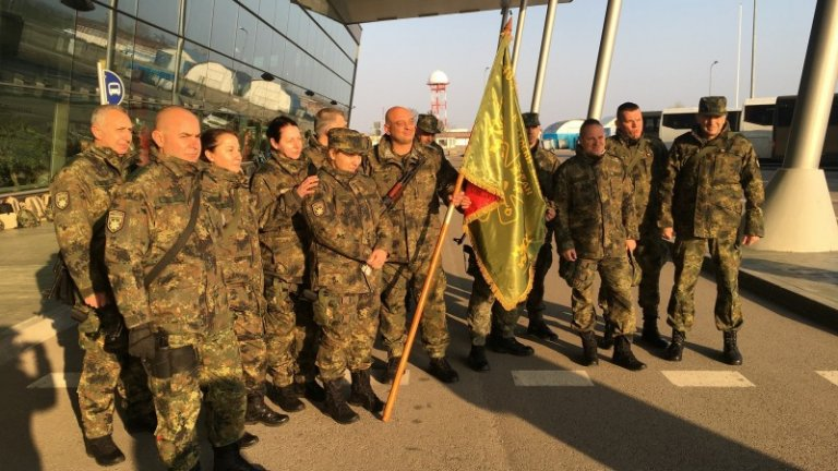 160 войници заминаха тази сутрин за Кабул