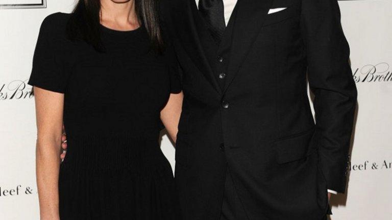 """Пол Бетани и Дженифър Конъли  Омъжената двойка обедини сили за биографията за учения в """"Чарлз Дарвин: Сътворение"""" (Creation). Пол Бетани играе Чарлз, а Дженифър Конъли - съпругата му Ема. За разлика от филма, който не оставя огромен отпечатък в Холивуд, двойката се оказва стабилна и 15 години по-късно все още са заедно."""