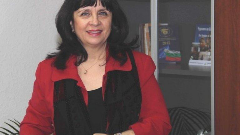 Ваня Кастрева влезе в Министерството на образованието и науката още в служебното правителство на проф. Георги Близнашки