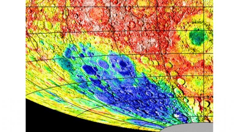 Ще отидат където има вода  Откритието на потенциални сериозни количества вода близо до лунните полюси увеличава възможността на хората да работят и живеят там. Затова руско-европейският екип се е насочил към басейна Южен полюс-Ейткън, показан в синьо на снимката. Това е най-големият познат ударен кратер не само на Луната, но и в цялата Слънчева система. Единственият доближаващ се по размери басейн е Хелас Плантия на Марс с диаметър 2100 км.
