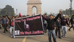 Ще реши ли смъртната присъда проблемът с изнасилванията в Индия