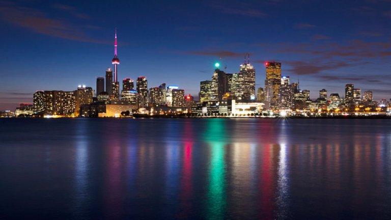 """4. Торонто, Канада  Авторите на класацията са дали на Торонто 97,2 точки, като по различните категории те се подреждат: """"сигурност"""" - 100; """"здравеопазване"""" - 100; """"култура и околна среда"""" - 97,2; """"образование"""" - 100; """"инфраструктура"""" - 89,3."""