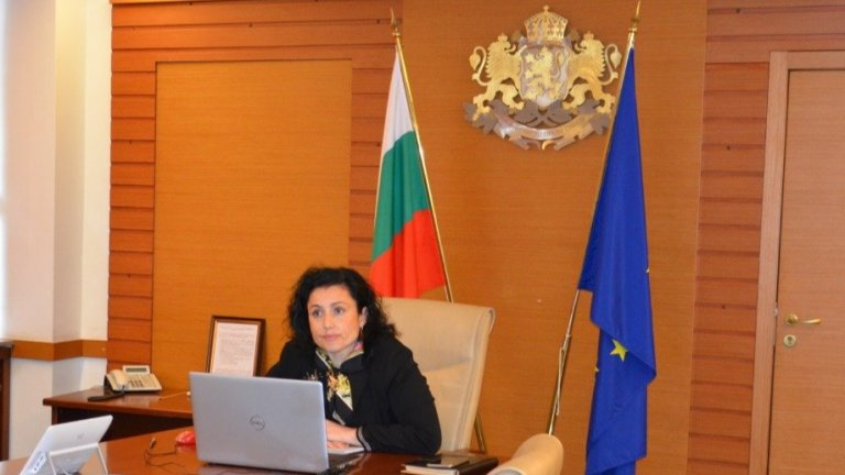 Земеделският министър Десислава Танева увери и че страната ни е готова да посрещне предстоящите празници Великден, Гергьовден и 24 май.